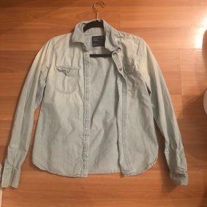 American Eagle denim button down shirt small
